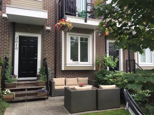 Ground Floor One Bedroom Suite with Garden Patio