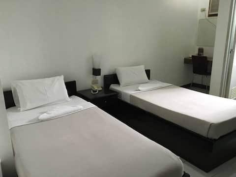 Villa Estela Fine Inn, Twin Bed