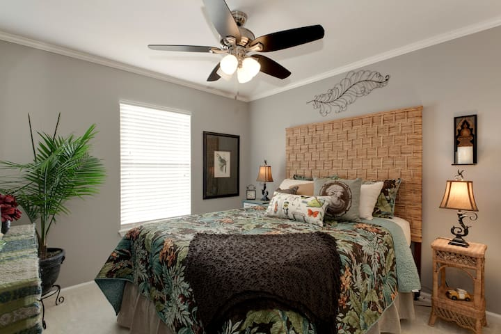 Three Room Suite 5 Mins to Beach - Fernandina Beach - บ้าน