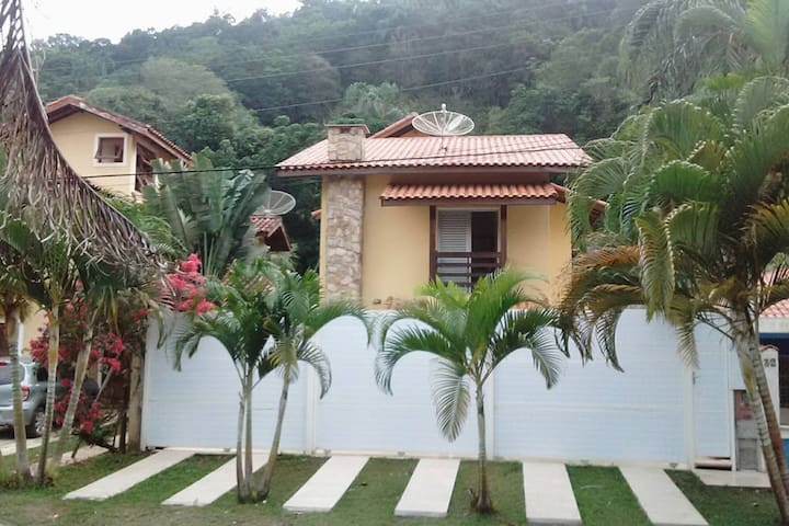 Pé do Morro Guest House