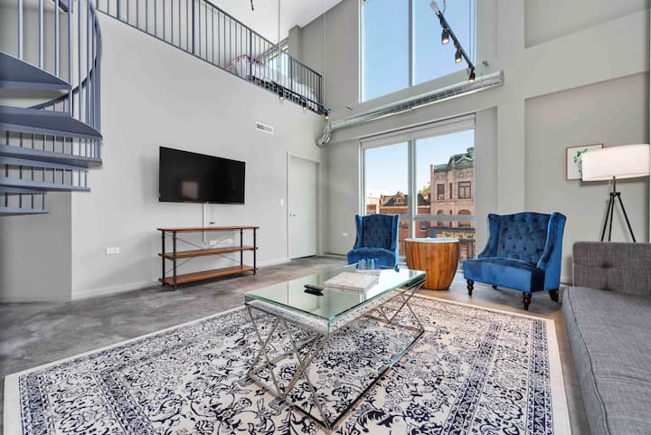 Domio | Wicker Park | Stylish 3BR Loft