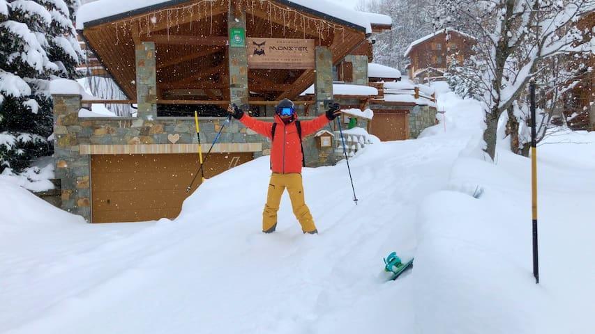 Chalet Verney - 70m to Ski Lift - Ski In / Ski Out