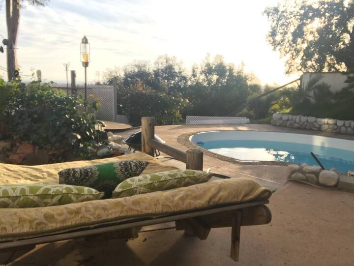 Summit Oasis Pool & Cabana:DAY RENTAL ONLY 9am-9pm