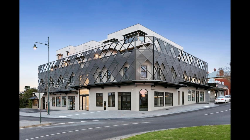 New CBD penthouse, amazing views! - Bendigo - Apartemen