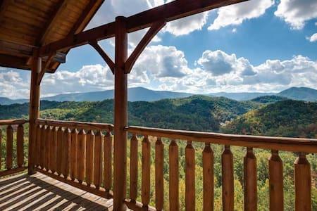 Appalachian Villa -Unobstructed View, Luxury cabin