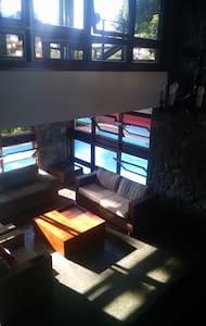 Suite privativa,arejada e espaçosa - Contagem