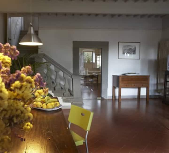Suite con due camere, in B&B del 1700, 5km da Pisa