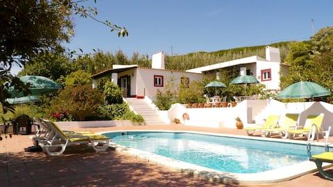 Casa dos Mangues | Green Cottage