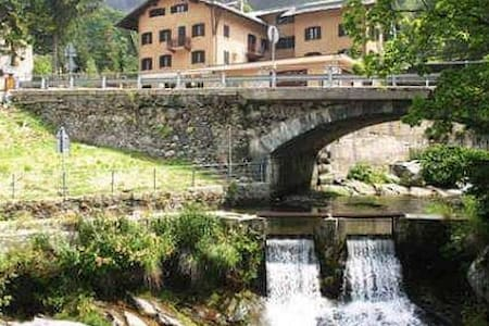 BELVEDERE  Camera Monte Spluga