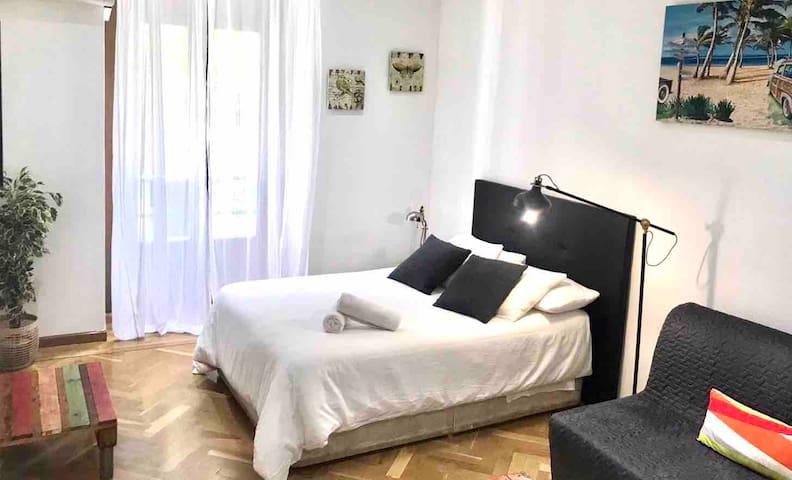GRAN VIA/CHUECA Bonito apartamento para 4