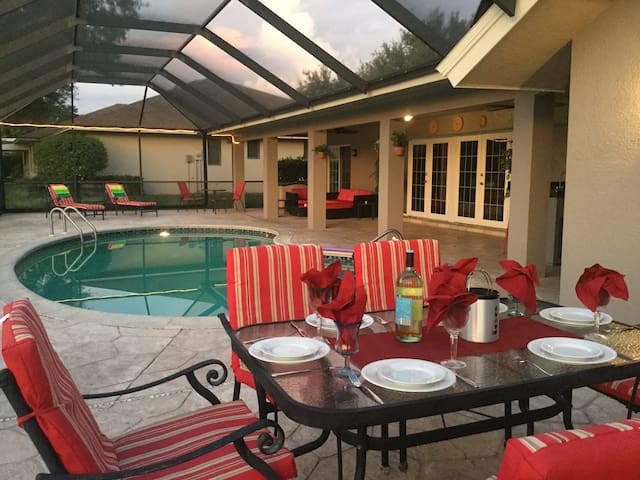 Single Family Pool Holiday Home for Monthly rental - Naples - Villa