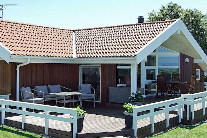 Sea-view Holiday Home in Syddanmark with Sauna