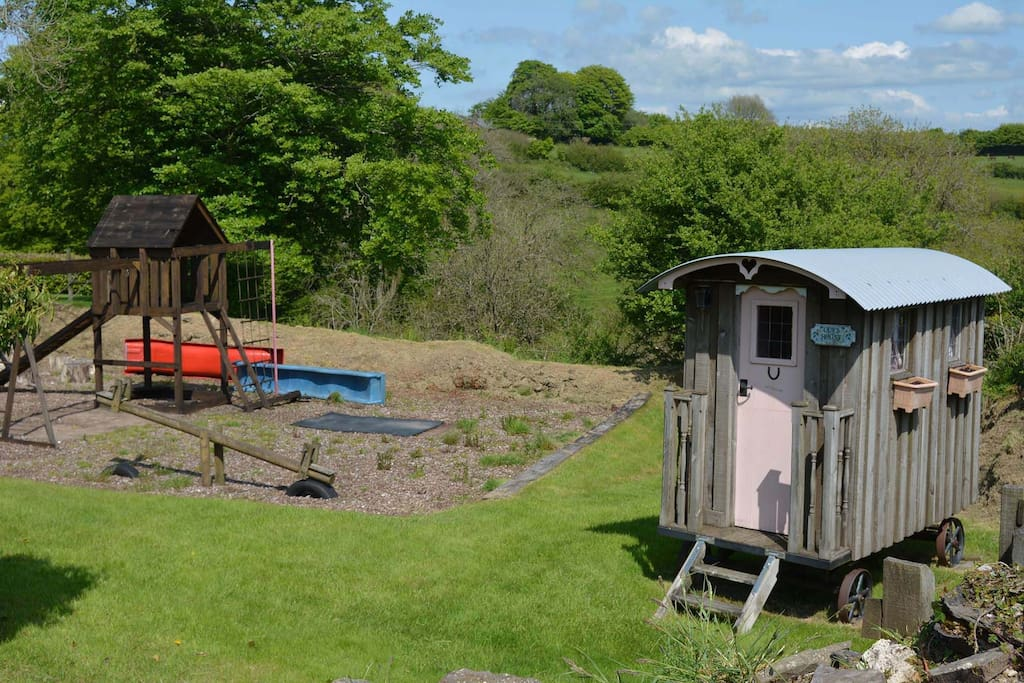 Shared use of a well-established adventure playground