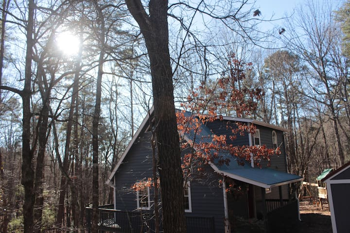Welcome to the Grindle Bridge Cabin - A perfect place nestled in the woods, yet close to amazing places to visit:  Dahlonega, Cleveland, and Helen! For more info, please watch our video!