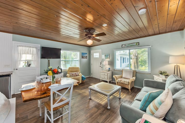 Custom Wood Floors and Wood Ceilings