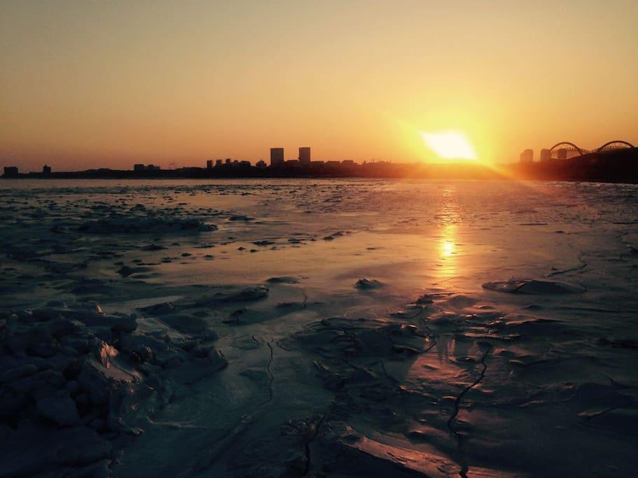 冰融落日(距公寓800米)