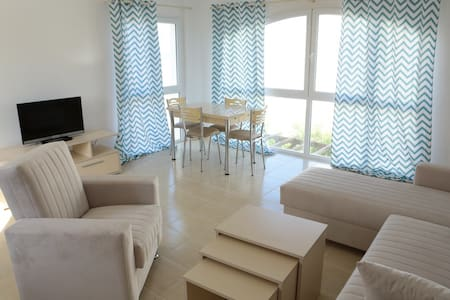 New Duplex penthouse by the beach! - Apartment