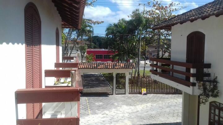 Alugo casa de praia em Matinhos - Ipacaraí