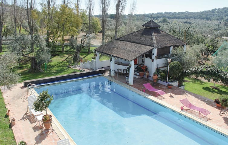Holiday cottage with 2 bedrooms on 107 m² in La Puebla d.l.Infantes
