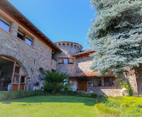 Residenza Castellum con vista lago esclusiva!