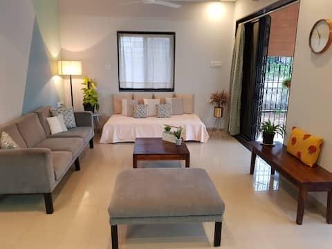 Beautiful Modern 2BHK apartment with Garden