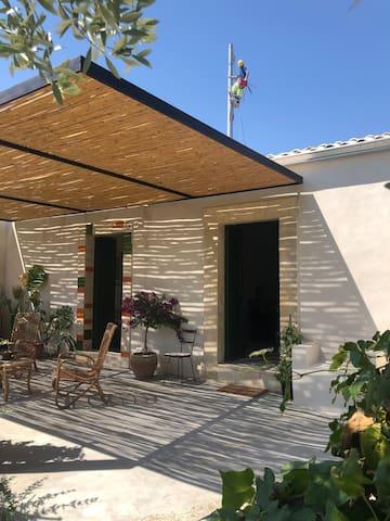 Casa in campagna all' ingresso di Noto
