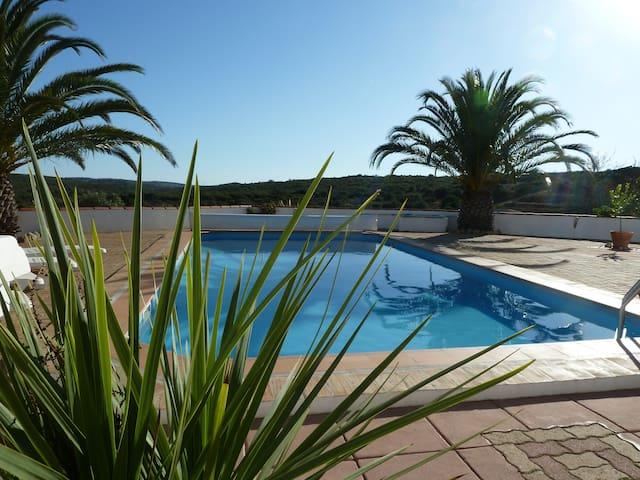 Amendoa, Quinta Da Varzea Grande