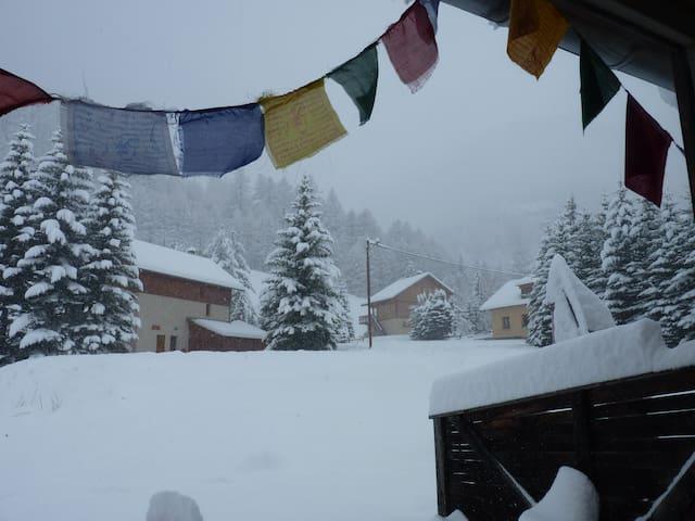 Chambre à 3 km de la station de ski Abriès/Queyras - Ristolas