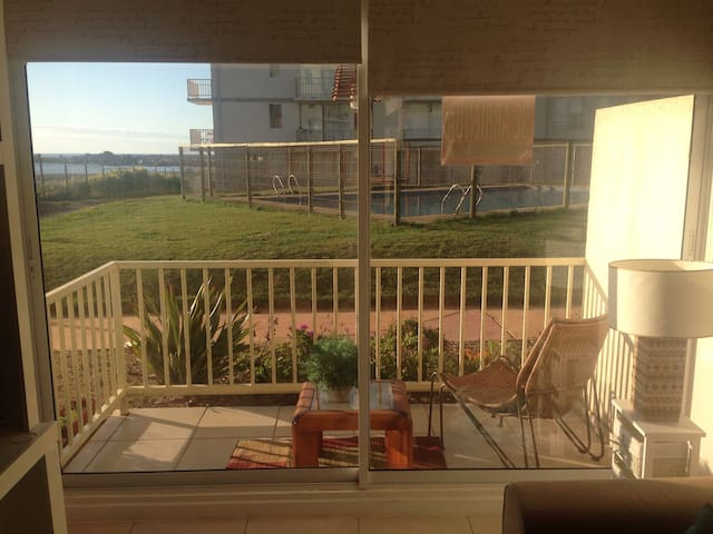 Arriendo frente al mar con piscina - Las Cruces - Apartment