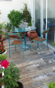 Sea-front Roof Apartment   -  דירת-גג 60מ' מהחוף