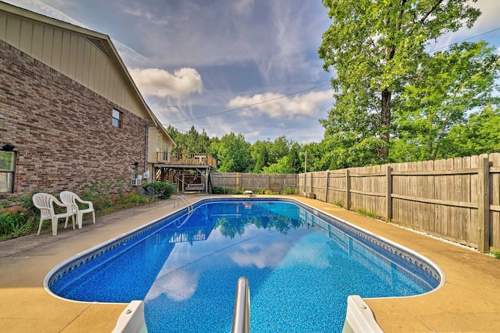 NEW! Columbus House w/ Pool - Near Mississippi St!