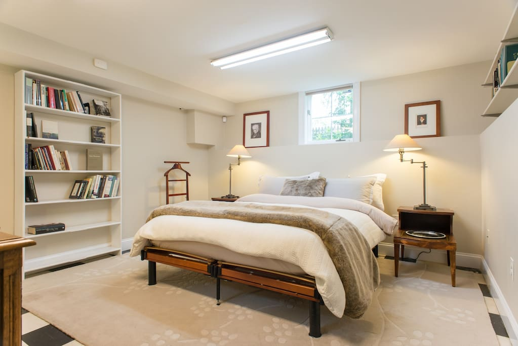 Slumber menu: 100% premium European white goose down comforter with 800-thread count Hudson Park bedding.