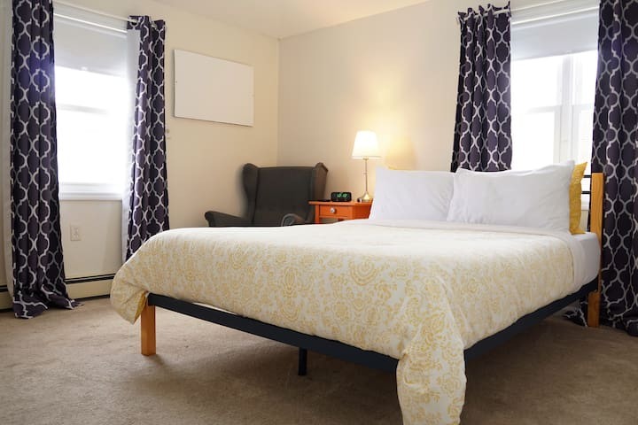 JFK 2 Comfort 5 Mins from JFK Private Bedroom