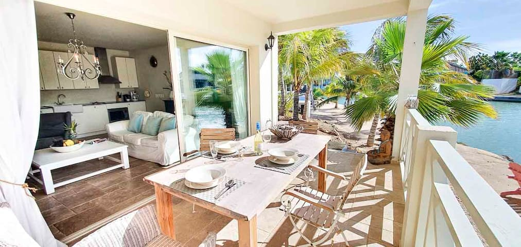 Ocean Breeze with large terrace and Water-view
