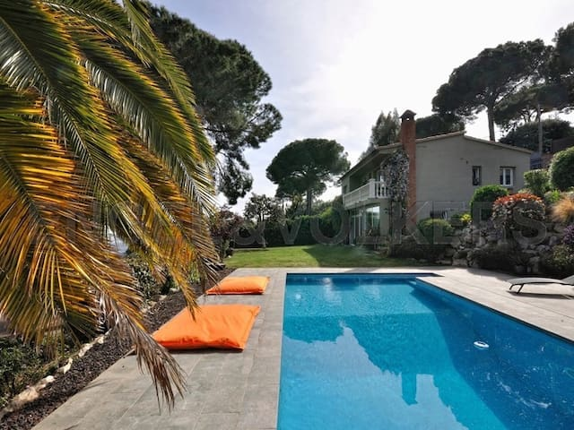 Villa Sant Cebria Hills - Enjoy the Nature and Sea