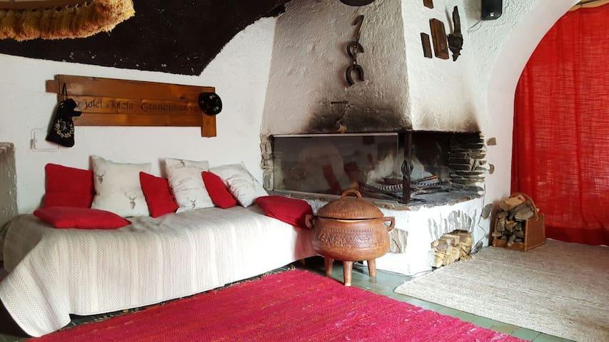 BeHappy - voll ausgestattete Küche und mehr... - Obsteig - House