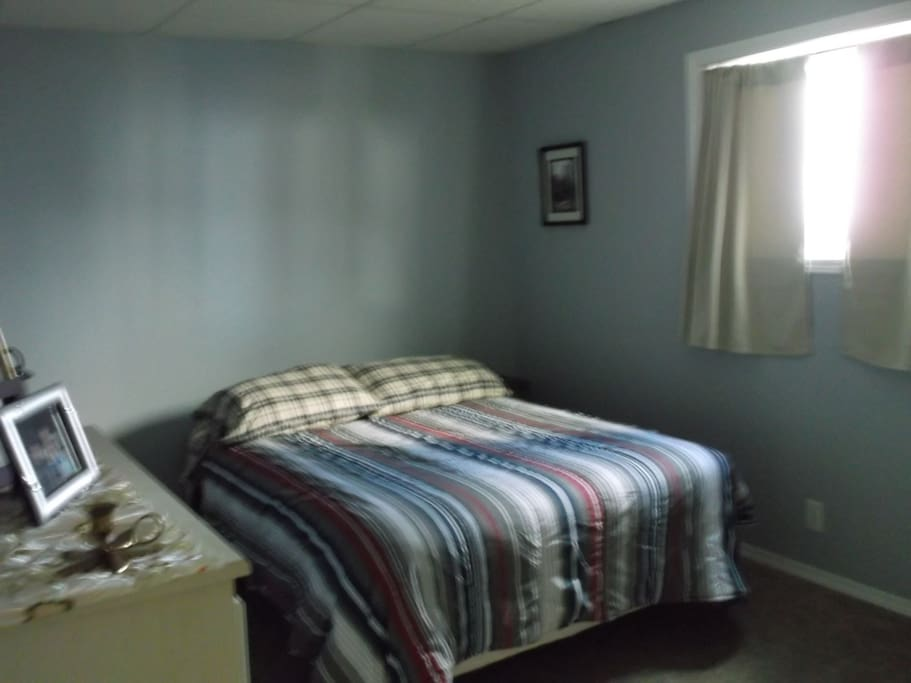 Second bedroom, double bed.