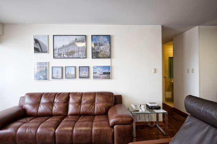 Moderno Dpto 3Habs Aire Acondicionado-Miraflores - Miraflores - Appartement
