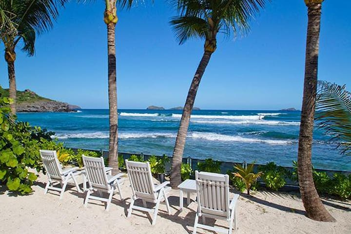 Villa WV BAS - Located on Lorient beach & a view of the best surfing waves on the island - Saint-Barthélemy - Casa de campo