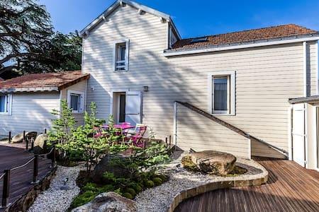 Villas 6 personnes dans un cadre exceptionnel - Rezé - Villa