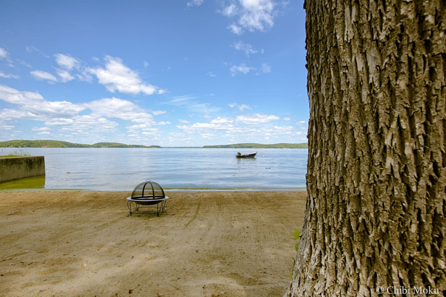 Private sandy beach right on Malletts Bay