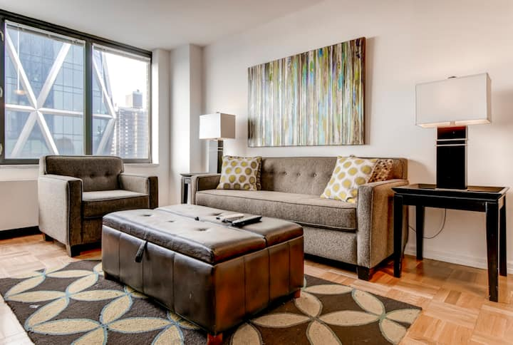 Midtown W. Private 2BR Apartment near Central Park