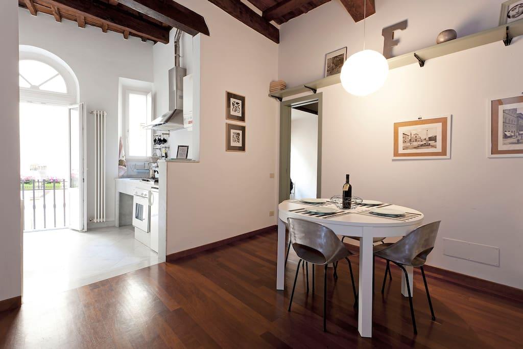Via Maggio living room