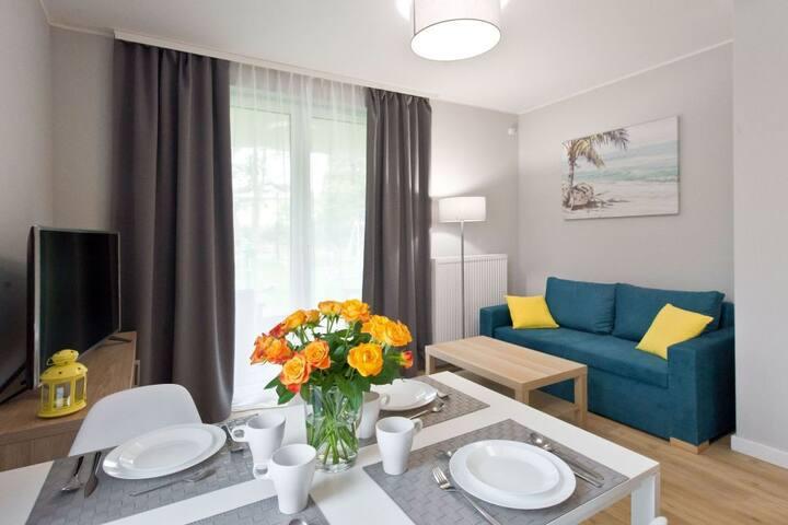Apartament trzypokojowy Stegna Forest
