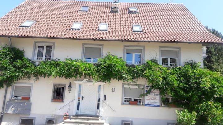 Kleines DG Appartement