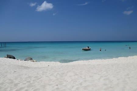 2BR Luxury Condo at Divi Golf & Beach Resort - Oranjestad - Kondominium