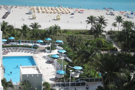 WHERE LINCOLN rdMEET THE OCEAN ,BALCONY OCEAN VIEW - Miami Beach - Huoneisto