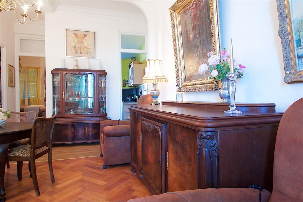 Salon avec 2 fauteuils de relaxation