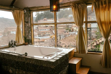 CITY VIEWS, PEACE AND LOFT - Cusco