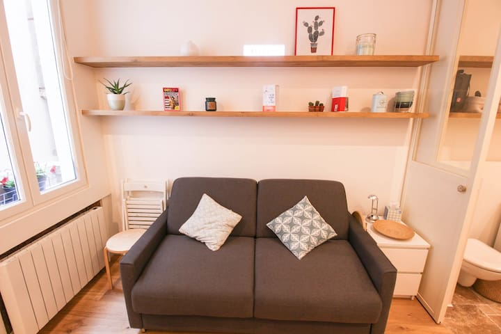 CHARMING STUDIO IN CHATELET IN PARIS FOR 2 PEOPLE